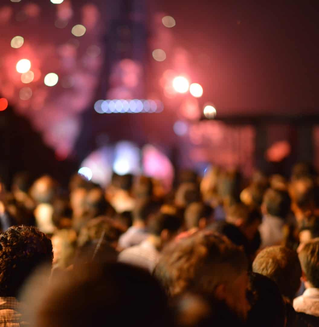 concert-at-the-eiffel-tower